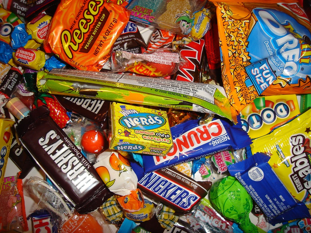 favorite candy Leading up to the holiday we've looked at the worst halloween candies you ever  gotten, and which ones are the favorites so -- with the day.