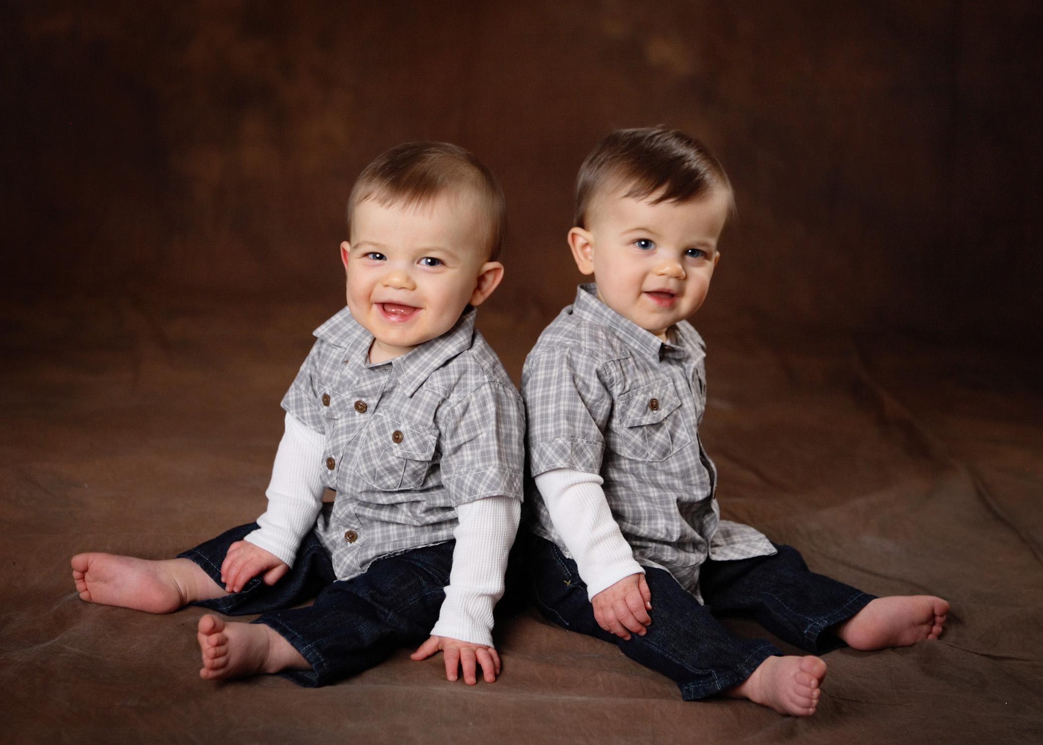 Близнецы фото дети мальчик
