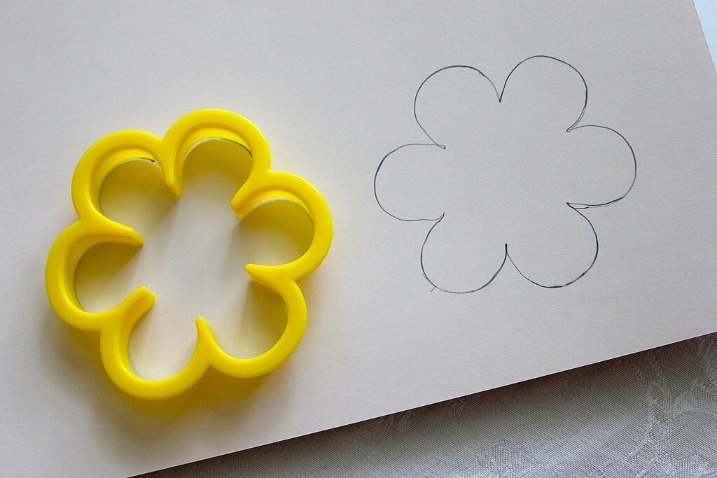 Flower Stencil - Crafting with Kids